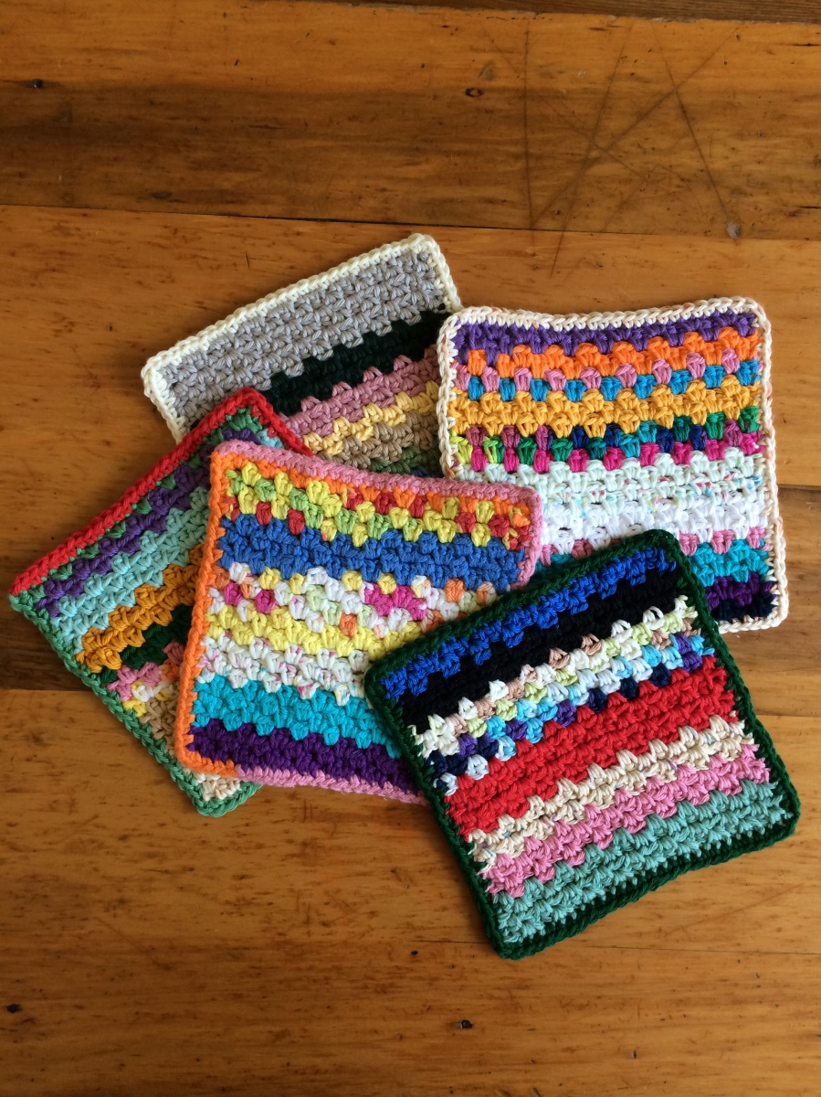 Dishcloths Using Leftover Bits of Yarn and the Pattern!